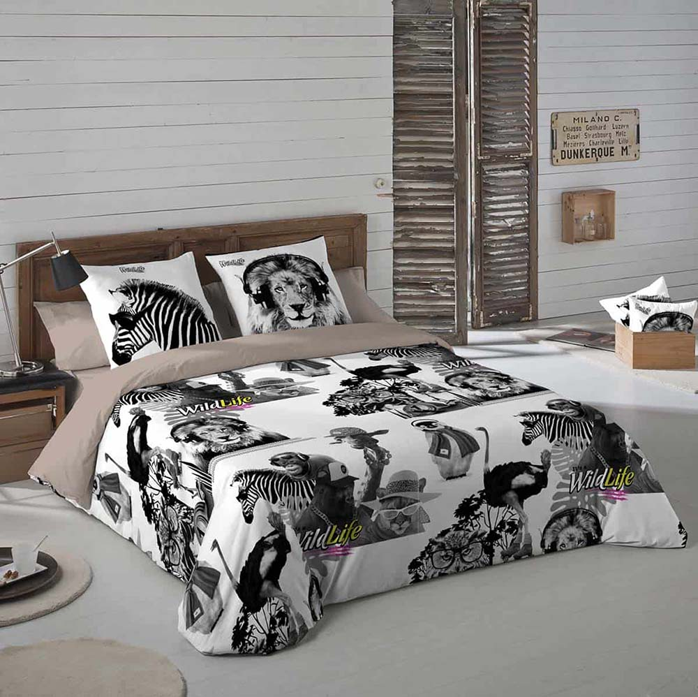 bedspread-min, It's A WildLife, brand creation, retail brand, Form Advertising